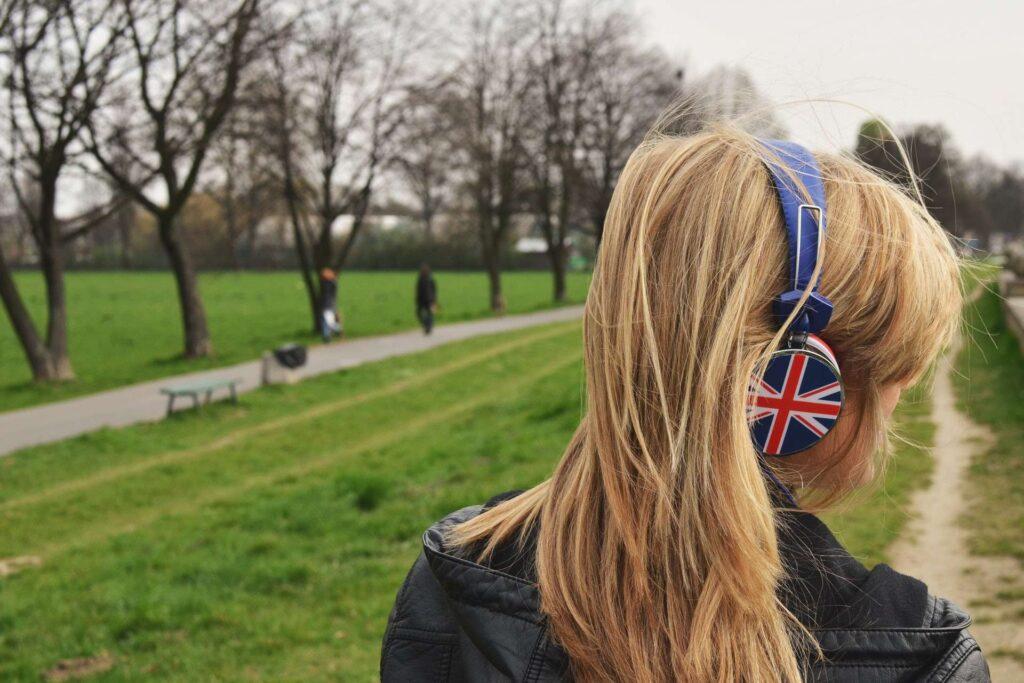 5 pomysłów na przyjemną i efektywną naukę języków obcych